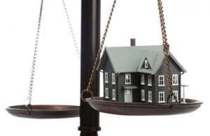 ابطال سند رسمی مالکیت مال غیر منقول به استناد سند عادی مقدم